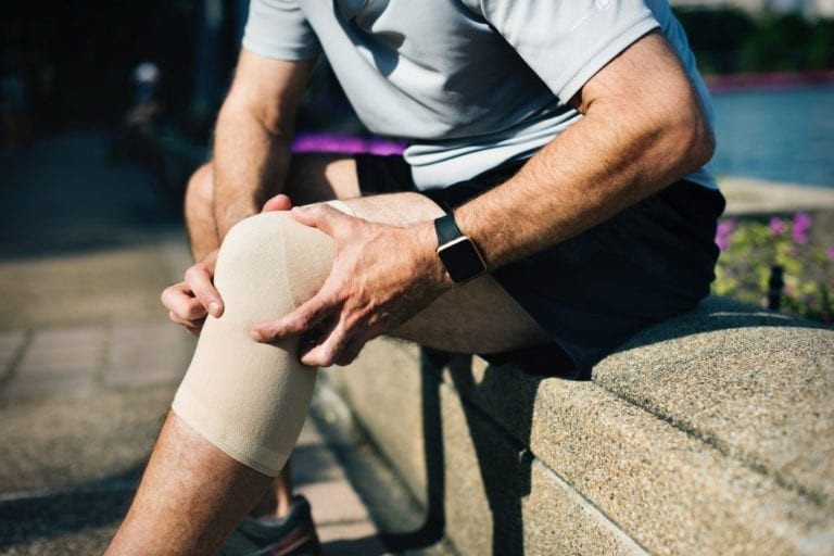Man with knee pain